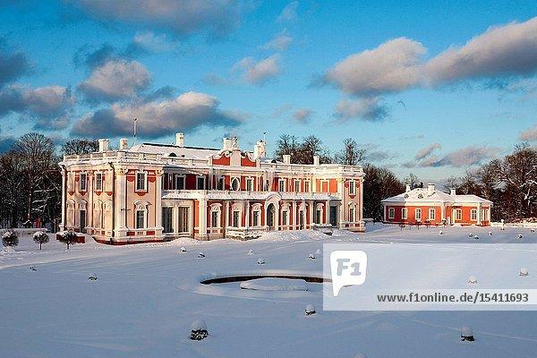 Kadriorg Palace in winter