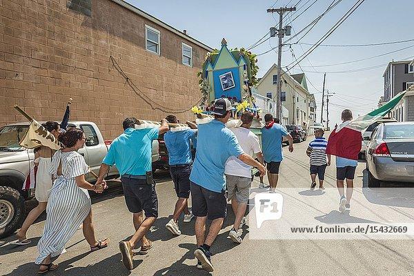 USA  New England  Massachusetts  Cape Ann  Gloucester  Saint Peters Fiesta  Traditional Italian Fishing Community Festival  procession of the saints  NR.