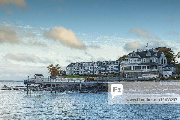 USA  Maine  Mt. Desert Island  Bar Harbor  Bar Harbor Inn hotel  autumn  dusk.