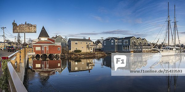 USA  Maine  Kennebunkport  village harbor.