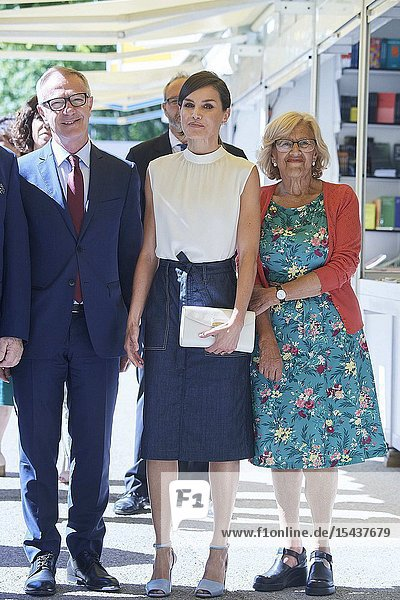 Queen Letizia of Spain attends Opening of Madrid Book Fair at Parque del Retiro on May 31  2019 in Madrid  Spain
