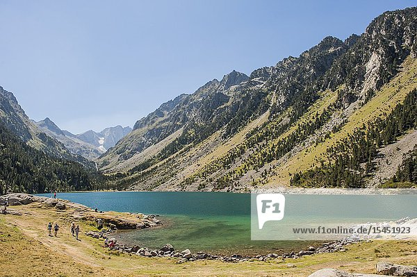 View of Gaube Lake  Pyrenees national Park (Hautes-Pyrénées Department  Nouvelle-Aquitaine Region  France)