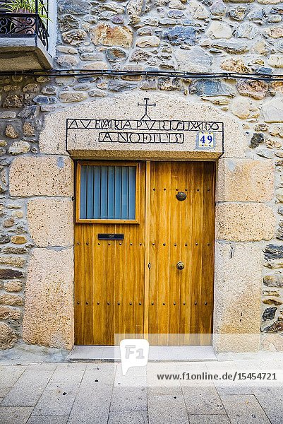 Door of a house built in 1775. Real street. Molinaseca  El Bierzo  Leon  Castile and Leon  Spain  Europe.