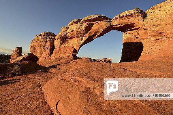 Broken Arch  Arches National Park  Utah.