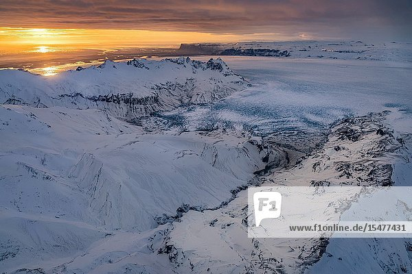 Glacial landscapes  Vatnajokull Ice Cap  Vatnajokull National Park  Iceland. Unesco World Heritage Site.