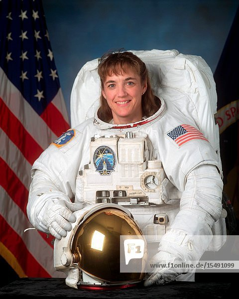 Astronaut Heidemarie M. Stefanyshyn-Piper  mission specialist.