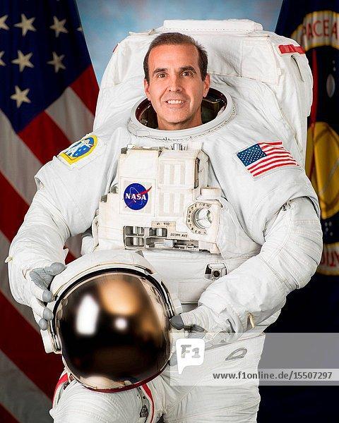 NASA astronaut Rick Mastracchio  wearing his Extravehicular Mobility Unit (EMU) spacesuit.
