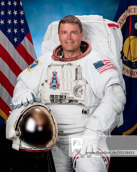 Official individual astronaut portrait of Reid Wiseman in an EMU. Photo Date: August 6  2015. Location: Building 8  Room 183 - Photo Studio