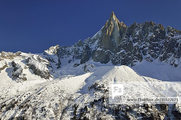 Les Drus (3.774 m.). French Alps.