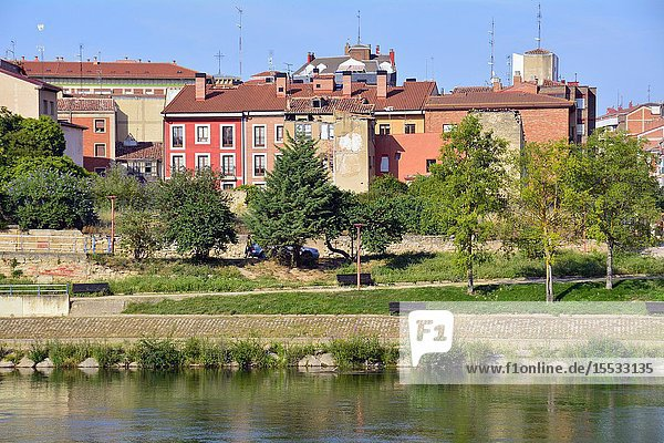 Miranda de Ebro view across Ebro river  Burgos province  Castile and León  on the border with the province of Álava and the autonomous community of La Rioja  Spain  Europe