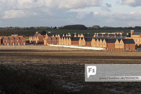 Barton Farm  Winchester  Hampshire  England  UK. A landscape winter view of new houses a mile north of Winchester city centre  part of a 2000 homes development.