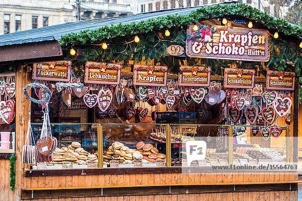 Heart-Shaped Gingerbread Cookies or Lebkuchen stall at Christmas market at Vienna's Rathaus  Austria.