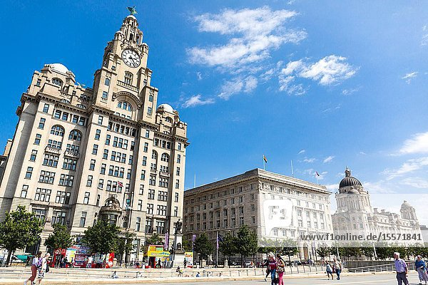 Liverpool  Three Graces  Liver Building  Port of Liverpool Building  Port Authority Building  Cunard Building  Museum of Liverpool  museum  UNESCO  World Heritage Site  Mersey.