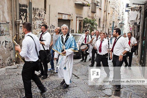 Catholic procession to Foqus Fondazione Quartieri Spagnoli  Quartieri Spagnoli  Spanish Quarters  historic center  Naples city  Campania  Italy  Europe.