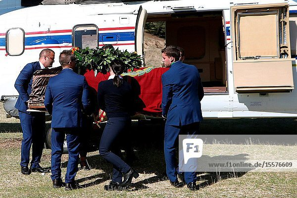 Burial of the body of Francisco Franco at Cemetery of Mingorrubio on October 24  2019 in El Pardo  Spain.The body of dictator Gen. Francisco Franco has been exhumed from the grandiose mausoleum at the Valley of the Fallen before being transferred to cemetery of Mingorrubio in a Pantheon next to the mortal remains of his wife  Carmen Polo.