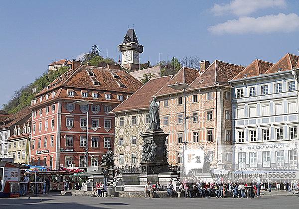 Österreich  Steiermark  Graz  Tourist in der Stadt