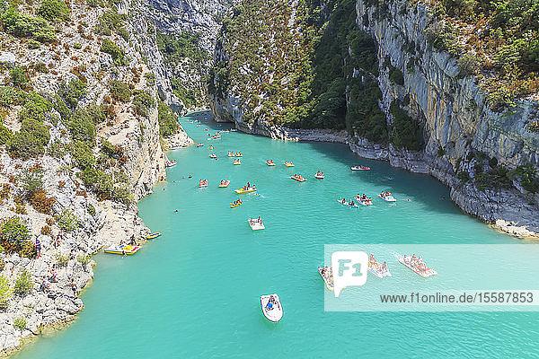 St. Croix Lake  Gorges du Verdon  Provence-Alpes-Cote d'Azur  Provence  France