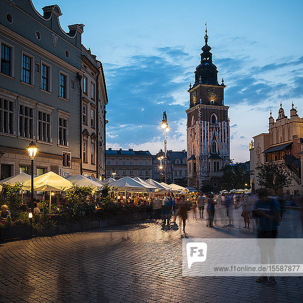 Rynek Glowny (Market Square) at dusk  UNESCO World Heritage Site  Krakow  Malopolskie  Poland