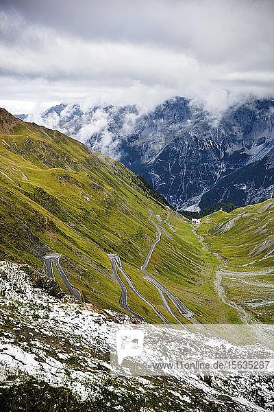 Wendestraße  Stilfserjoch-Pass  Trentino-Südtirol  Italien