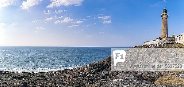 Ardnamurchan Lighthouse by sea against sky  Lochaber  Highland  Scotland  UK