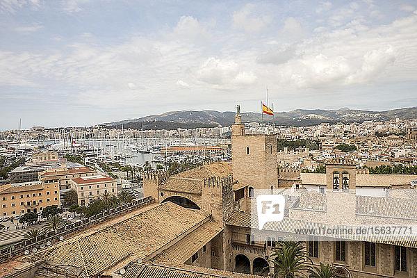 Spanien  Balearen  Mallorca  Palma de Mallorca  Szenische Ansicht der Stadt