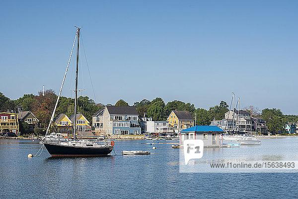 Canada  Nova Scotia  Lunenburg County  Mahone Bay  sailboat and houseboat in bay