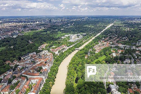 Luftaufnahme  Bogenhausen mit Isar bei Hochwasser  hinten Max-Planck-Institut für Physik  München  Oberbayern  Bayern  Deutschland  Europa