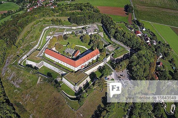 Wülzburg  fünfeckige Bastionsanlage  bei Weißenburg  Naturpark Altmühltal  Mittelfranken  Franken  Bayern  Deutschland  Europa