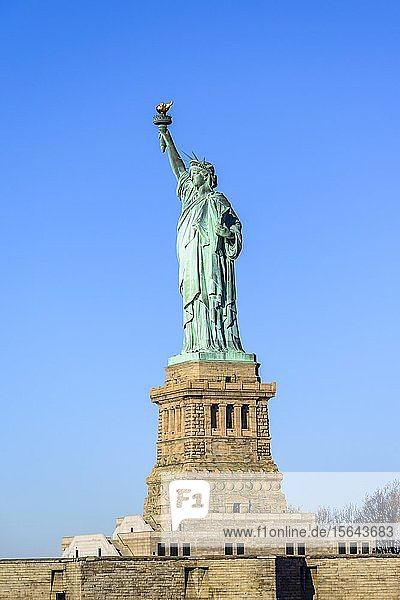 Freiheitsstatue  Statue of Liberty National Monument  Liberty Island  New York City  New York  USA  Nordamerika