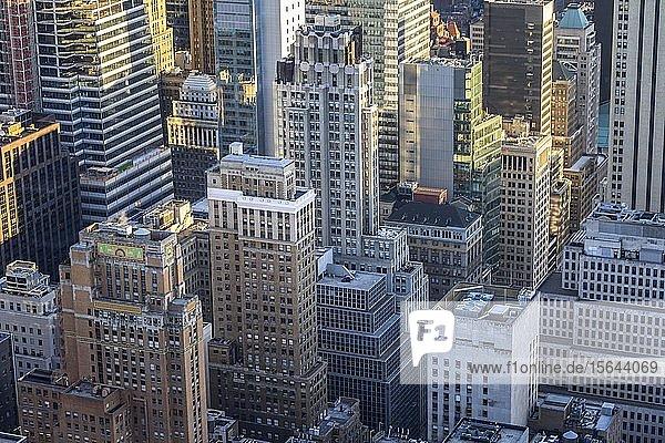 Wolkenkratzer  Hochhäuser in Midtown Manhattan  New York City  New York State  USA  Nordamerika