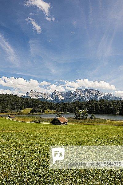 Geroldsee  bei Mittenwald  Karwendel  Alpen  Bayern  Deutschland  Europa