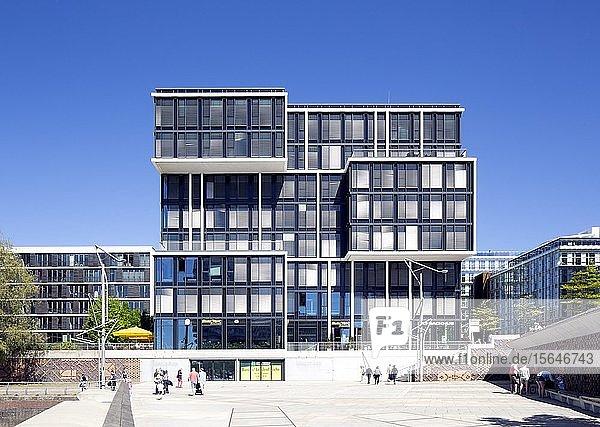 Büro- und Geschäftshaus Am Kaiserkai 1  Quartier Am Sandtorkai  Dalmannkai  Hafencity  Hamburg  Deutschland  Europa