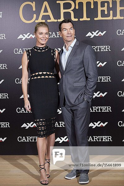 Rebecca Romijn  Jerry O'Connell attend 'Carter' AXN TV series photocall at URSO Hotel on November 7  2019 in Madrid  Spain