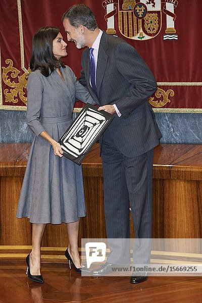 King Felipe VI of Spain  Queen Letizia of Spain attends the delivery the Award of the Observatory against Domestic and Gender Violence 2019 at Consejo General Poder Judicial on November 26  2019 in Madrid  Spain