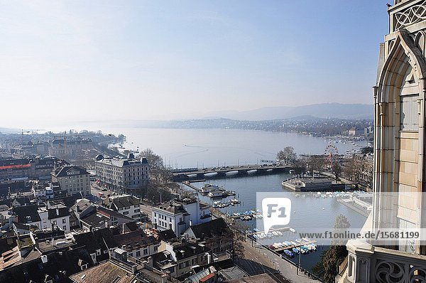 Panoramic view from the Grossminster-Tower to the Bellevue and lake Zürich.