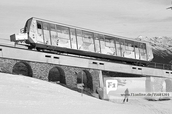 Swiss alps: The Parsenn mountain railway in Davos City.