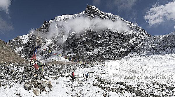 Chonbarden-Gletscher  Tukuche-Gipfel  Dhaulagiri-Rundwanderung  Himalaya  Nepal