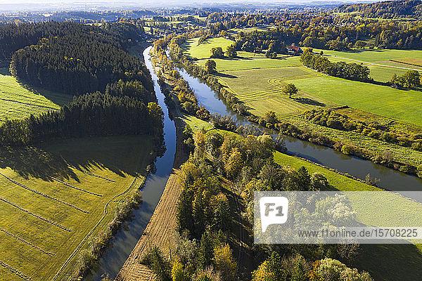 Deutschland  Bayern  Eurasburg  Luftaufnahme des Loisach- und Isarkanals