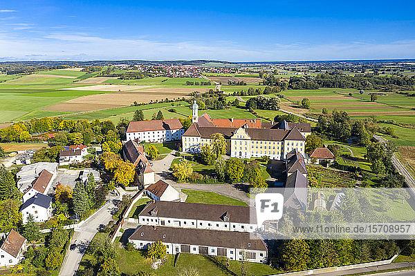 Deutschland  Bayern  Augsburg  Luftaufnahme des Klosters Modingen