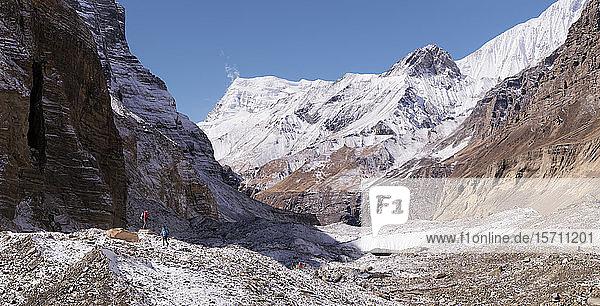 Chonbarden-Gletscher  Dhaulagiri-Rundwanderung  Himalaya  Nepal
