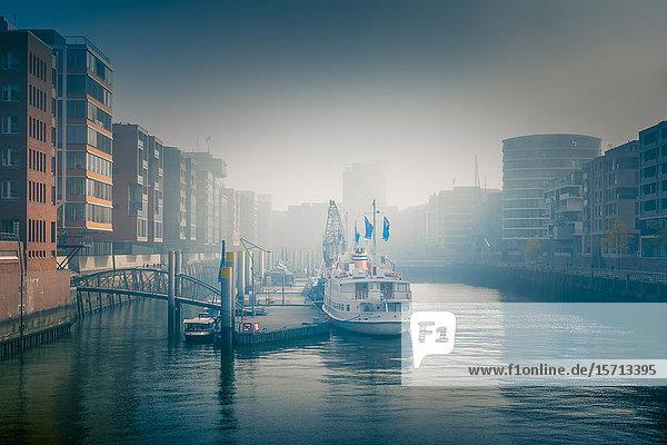 Sandtorkai  HafenCity  Hamburg  Deutschland  Europa