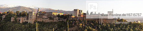 Spain  Andalusia  Granada  View of Alhambra