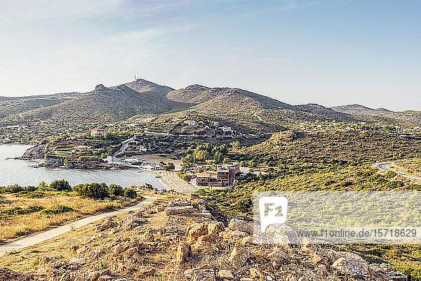 Küste von Kap Sounion  Attika  Griechenland