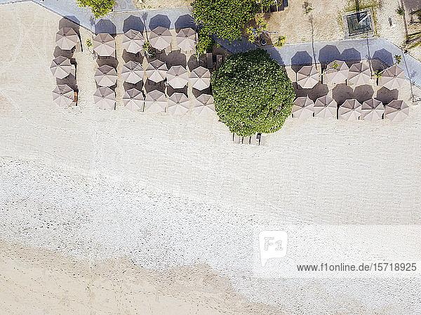 Indonesien  Bali  Nusa Dua  Luftaufnahme des Resort-Strandes