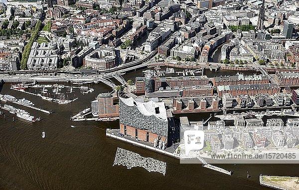 Elbphilharmonie  Hanseatic Trade Center  Kehrwiederspitze  Speicherstadt  Hafencity  Hamburg  Deutschland  Europa