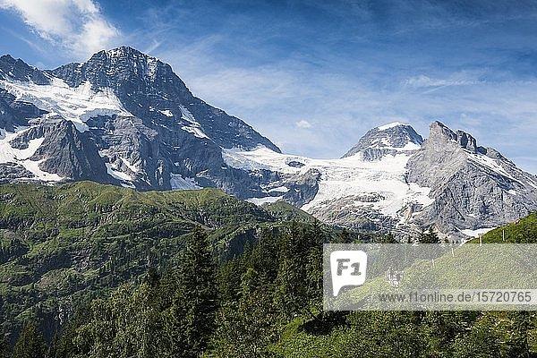 Hinteres Lauterbrunnental  Schweizer Alpen Jungfrau-Aletsch  Berner Oberland  Schweiz  Europa