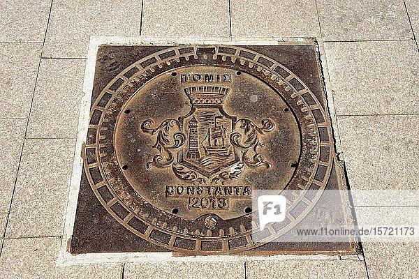 Gullydeckel  Constanta  Dobrudscha  Rumänien  Europa