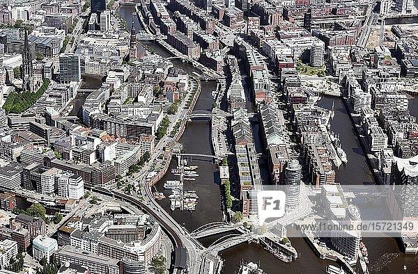 Speicherstadt und Hafencity  Hanseatic Trade Center  Kehrwiederspitze  Hamburg  Deutschland  Europa
