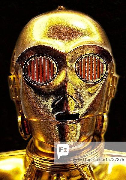 C-3PO  Protokoll-Droide  Nachbildung der humanoiden Roboterfigur aus dem Film Star Wars  Deutschland  Europa