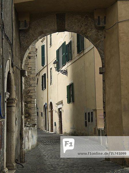 Archway in a narrow street  Tivoli  Lazio  Italy.